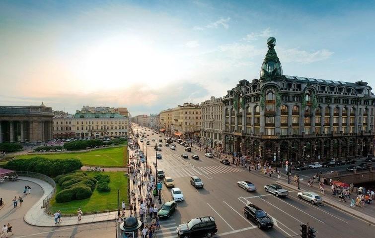 Аналитики назвали три главные фэшн-улицы Петербурга