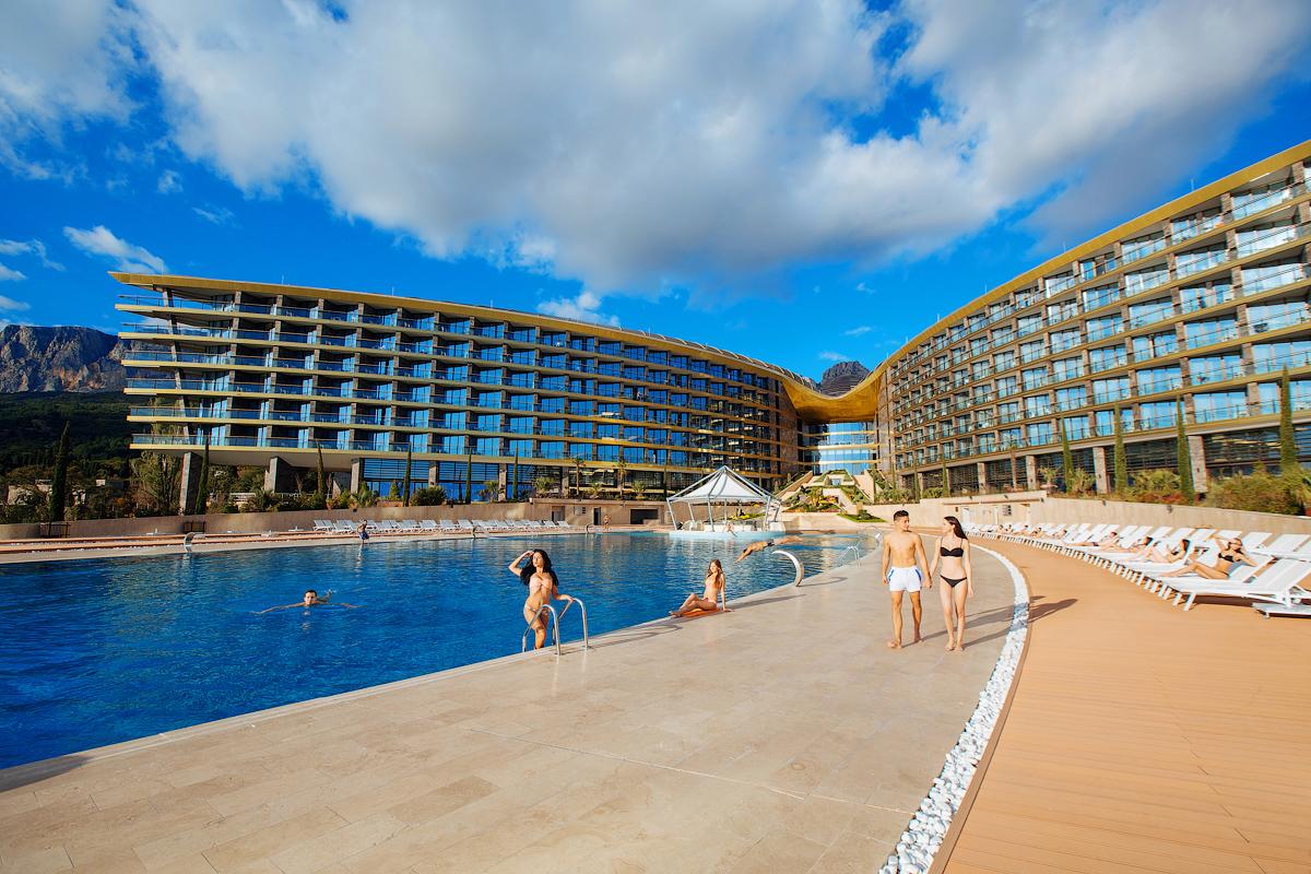 Mriya Resort & Spa 5*